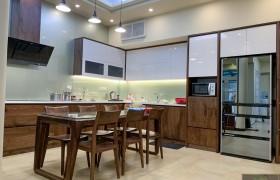 Mẫu tủ bếp nhà chị Thắng - một trong những thiết kế đẹp nhất, sang nhất của Tuyết Vy