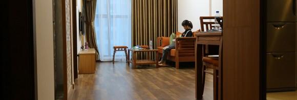 Hình ảnh thực tế nội thất gỗ nhà chị Thúy - P2805 - R3 Goldmark City