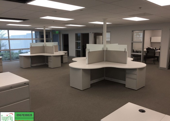 Nội thất văn phòng nhân viên chuyên nghiệp và hiện đại PNV05